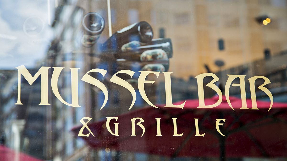 Mussel Bar & Grille
