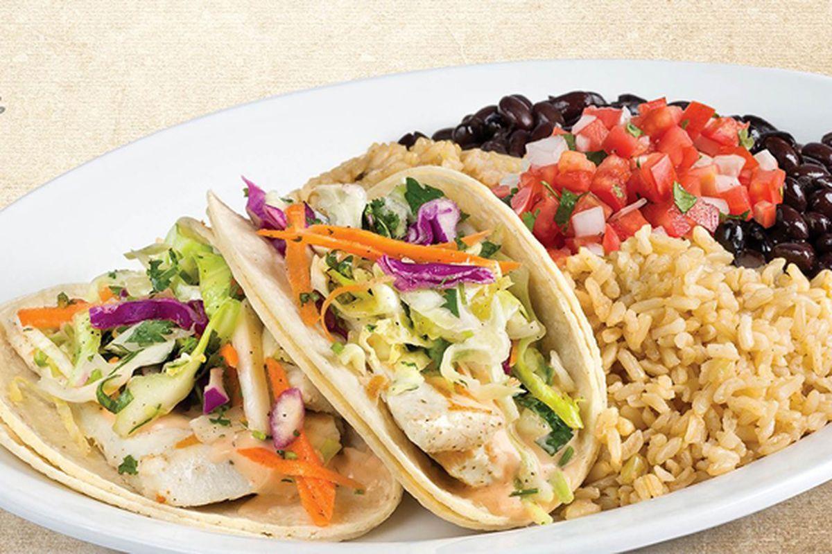 Wahoo's Fish Tacos